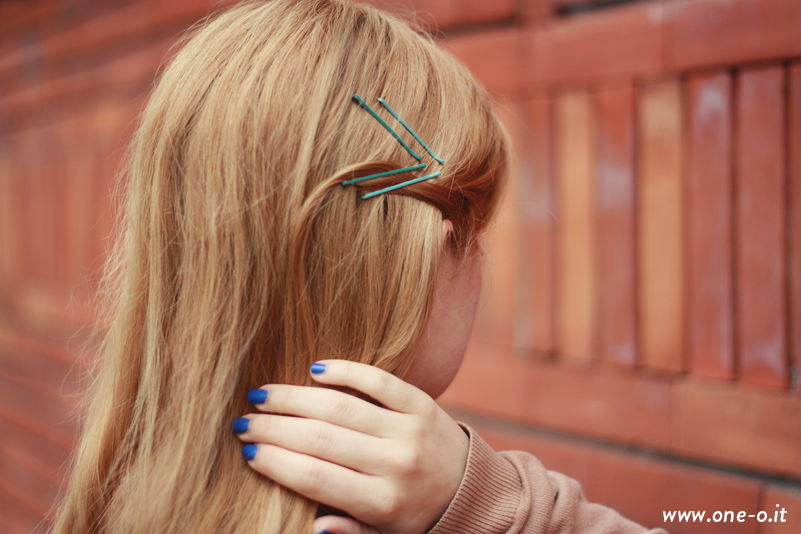 How to style bobby pins - exposed colorful bobby pins