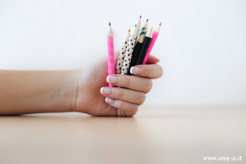 DIY Back to school - washi tape pencils | via www.one-o.it | #diy #school #stationery #washitape