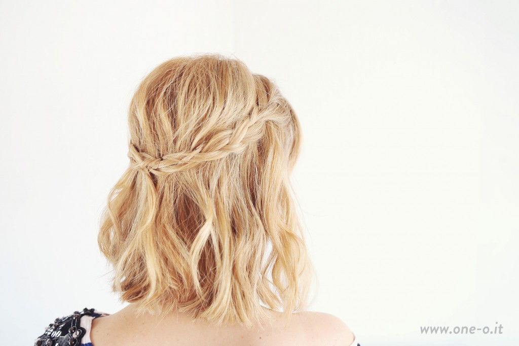 3 Easy Curly Bob Hairstyles to Try one o 14