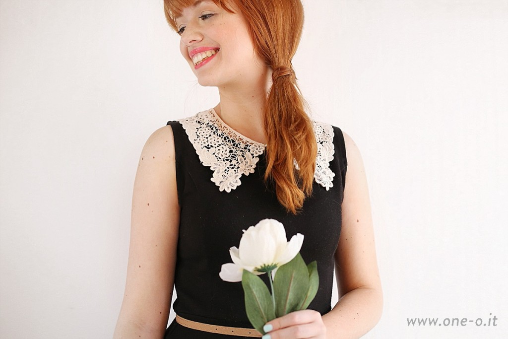 DIY lace collar dress | via www.one-o.it | #DIY #Dress #Sew #Collar #Lace #Clothes