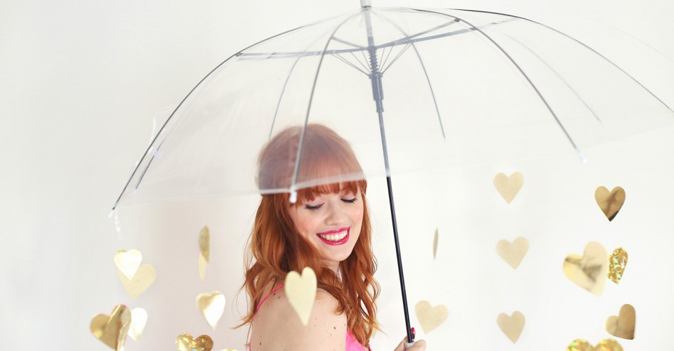DIY Valentine photoshoot prop heart umbrella OneO