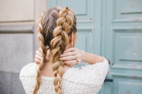 5 Ways to Make Your Hair Shine Bright + DIY tricks