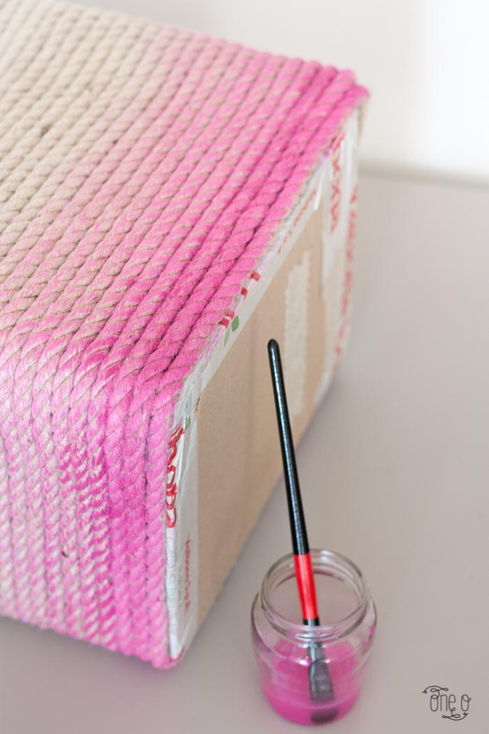 how to make a ombre rope laundry basket 12