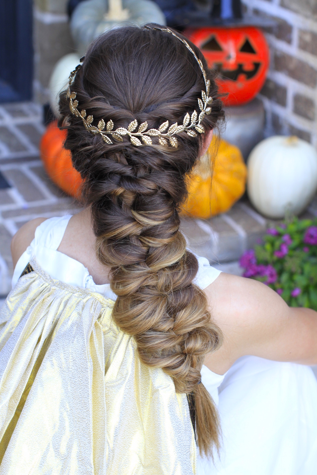 DIY Halloween hair idea - Greek Goddes braid via Cute Girl hairstyles
