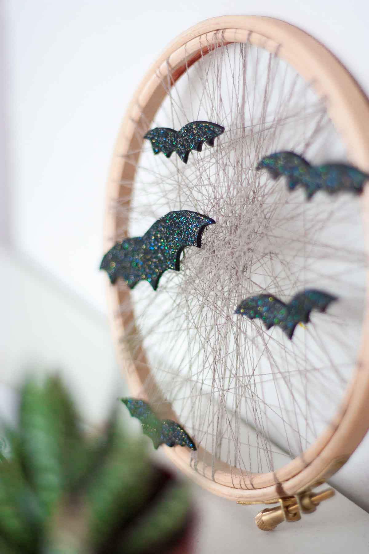 One o DIY one-o cute bat halloween home decor display wreath 5
