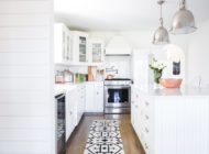 Homes We're Loving: Inspiring Modern Farmhouse Kitchens